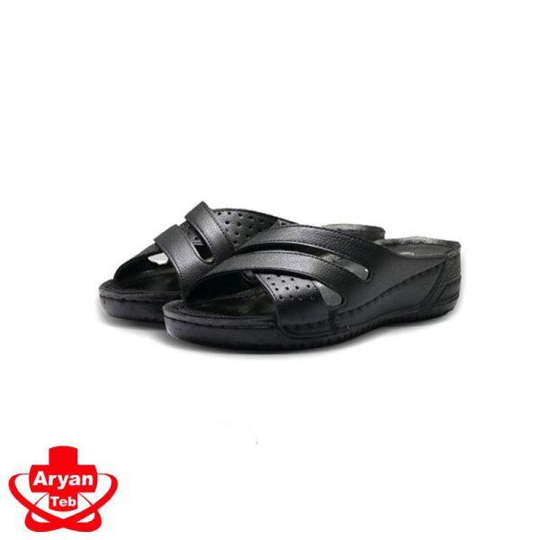 صندل روفرشی طبی زنانه و انواع کفش و صندل طبی زنانه با کیفیت بالا و قیمت مناسب در فروشگاه اینترنتی لوازم پزشکی آرین طب در کرج