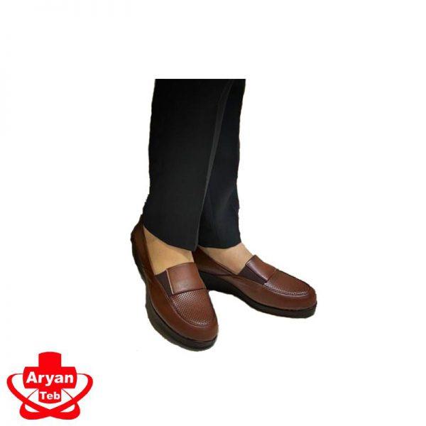 کفش طبی مردانه -تجهیزات پزشکی آرین طب-لوازم پزشکی